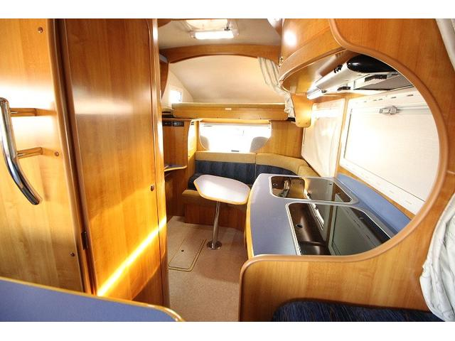 2010 Toyota Camroad motor home interior 2