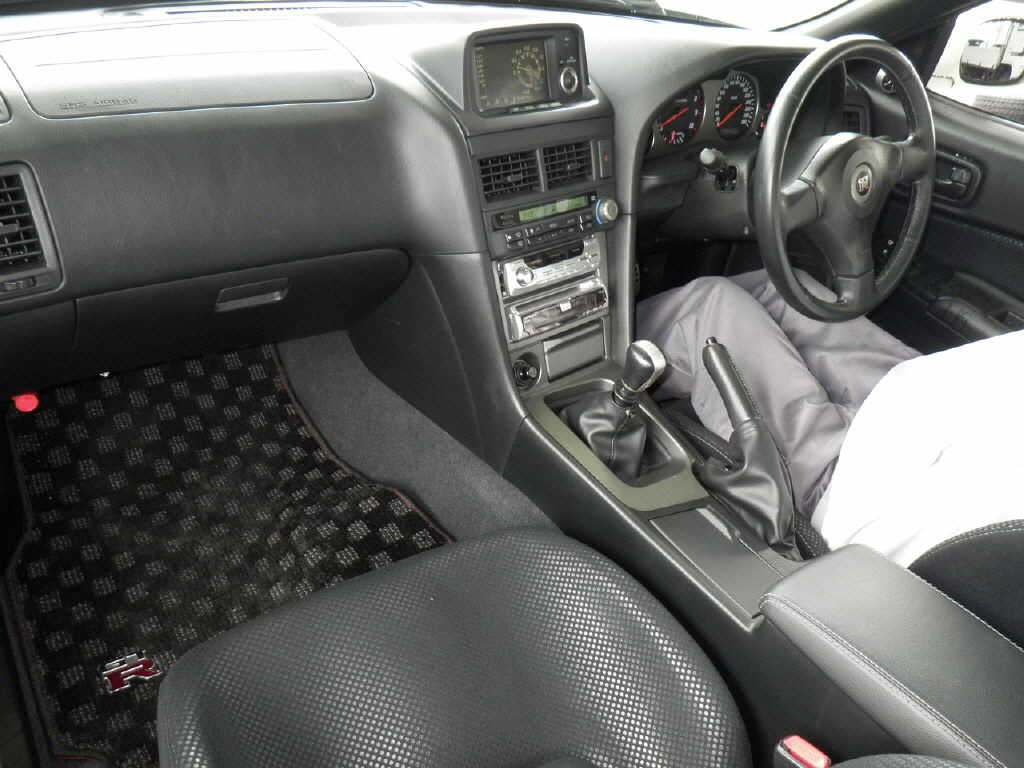 2002 Nissan Skyline R34 GT-R VSPEC2 NUR auction interior