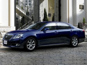 2009 Toyota Crown Majesta blue