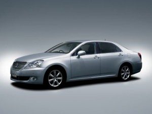 2009 Toyota Crown Majesta silver 2
