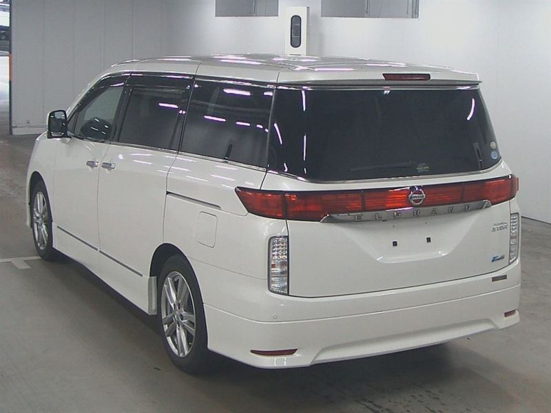 2011 Nissan ELgrand Highway Star Premium 350 4WD auction rear