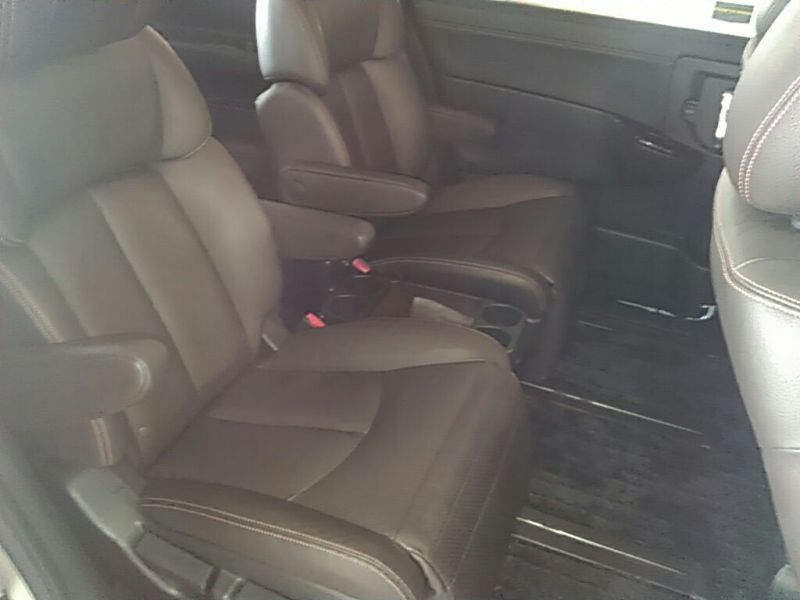 2011 Nissan ELgrand Highway Star Premium 350 4WD rear seats