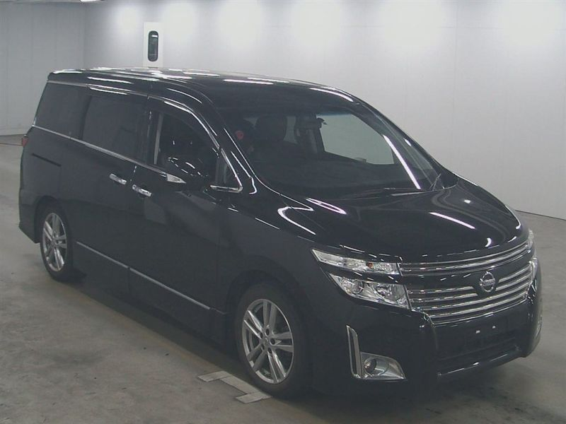 2011 Nissan Elgrand E52 Highway Star Premium 350 4WD front