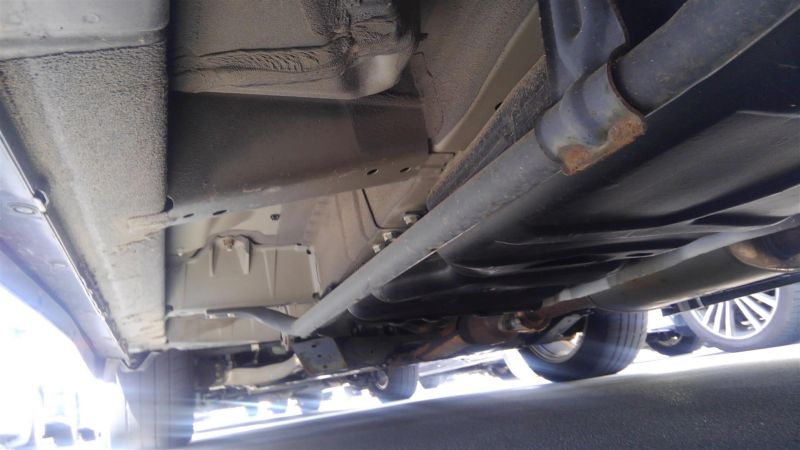 2011 Nissan Elgrand Highway Star Premium 350 4WD black underbody 5