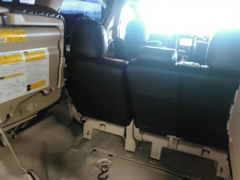 2011 Toyota Vellfire Welcab Sloper wheelchair disability vehicle 2.4V wheelchair access