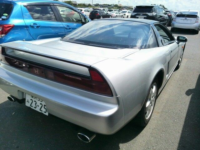 1992 Honda NSX coupe right rear