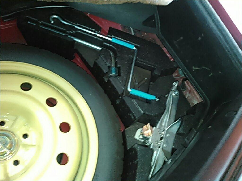 1994 Toyota Supra GZ twin turbo spare tyre