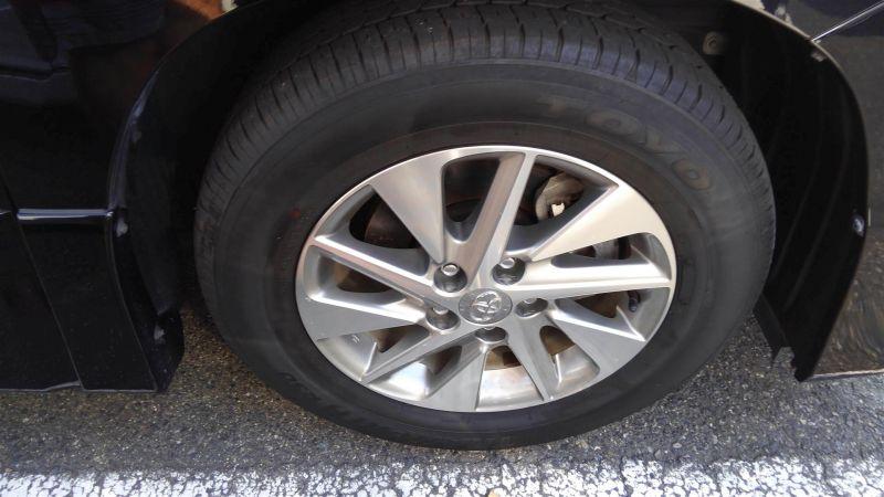 2012 Toyota Vellfire Hybrid ZR wheel 1