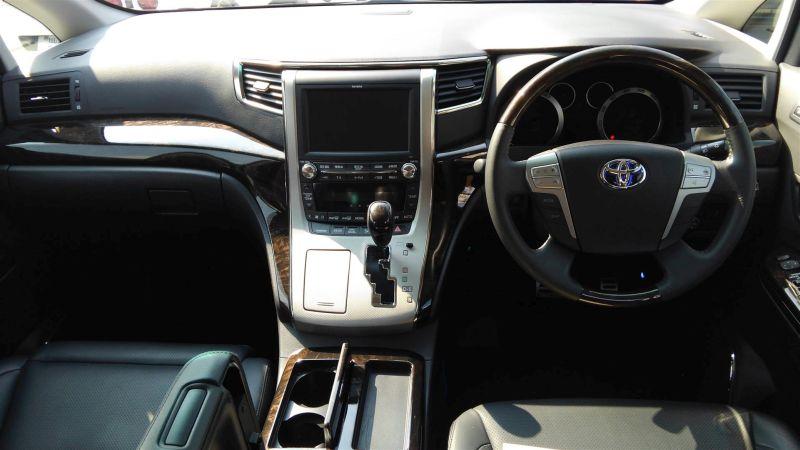 2012 Toyota Vellfire Hybrid ZR interior 4