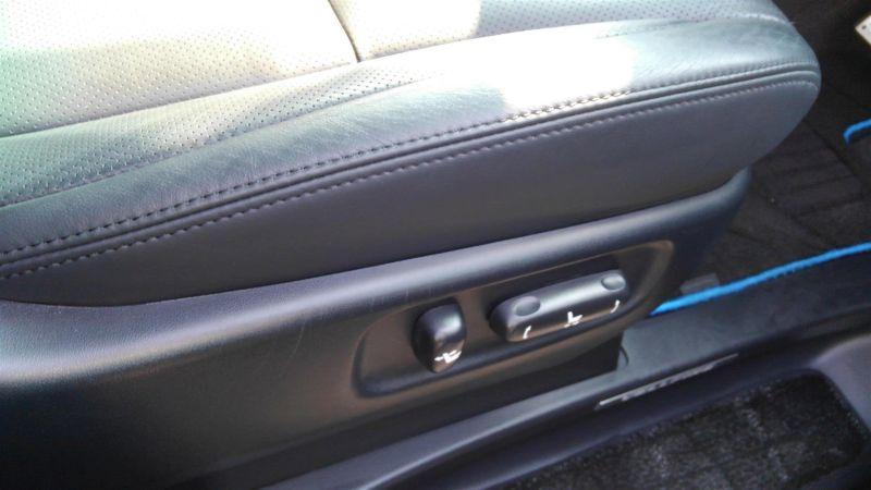 2012 Toyota Vellfire Hybrid ZR power seat