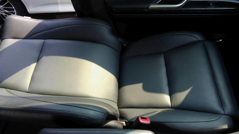 2012 Toyota Vellfire Hybrid ZR seat