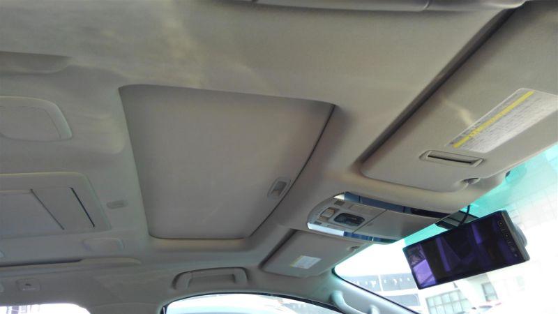 2012 Toyota Vellfire Hybrid ZR sunroof