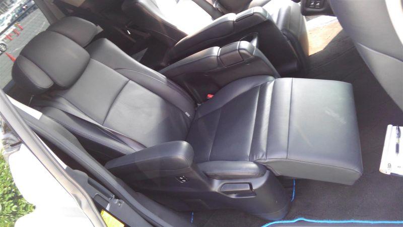 2012 Toyota Vellfire Hybrid ZR interior 10