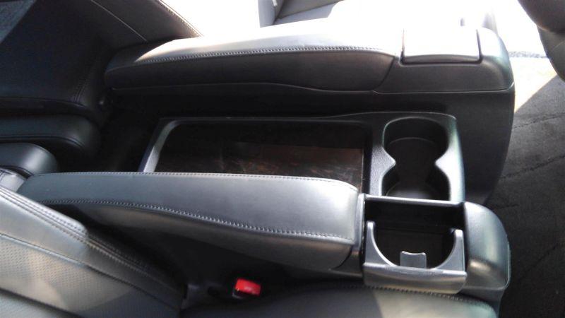 2012 Toyota Vellfire Hybrid ZR interior 12