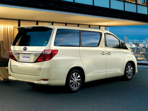 Toyota Alphard Hybrid 4WD G L Package rear