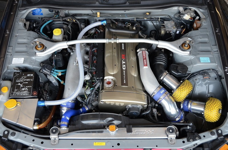 1999-r34-gtr-with-modified-nur-engine-bay
