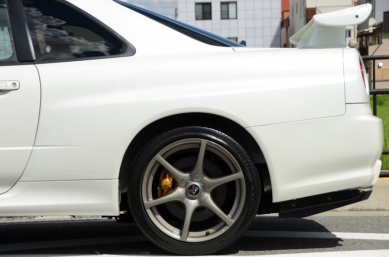 2001 Nissan Skyline R34 GTR left rear