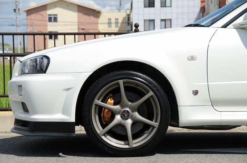 2001 Nissan Skyline R34 GTR front left