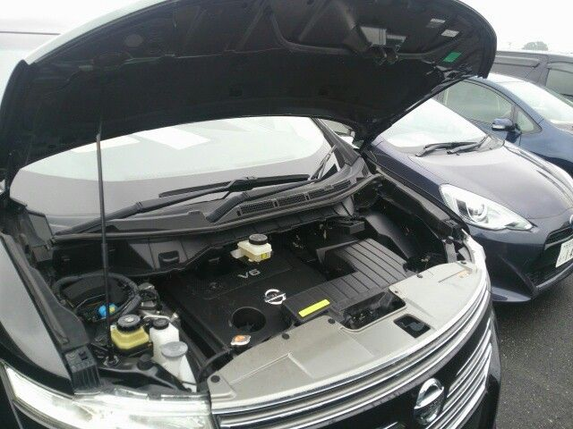 2010-nissan-elgrand-e52-highway-star-350-2wd-black-49
