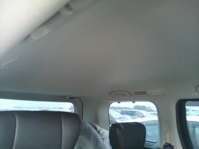 2010-nissan-elgrand-e52-highway-star-350-2wd-roof-lining-1
