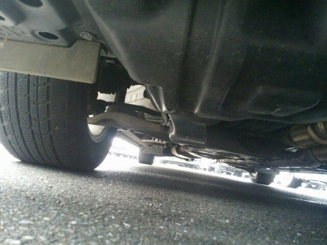 2010-nissan-elgrand-e52-highway-star-350-2wd-underbody-4
