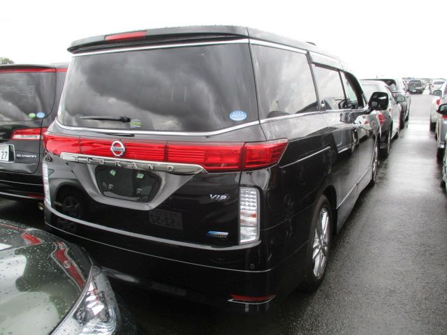 2011-nissan-elgrand-e52-vip-2wd-3-5l-right-rear