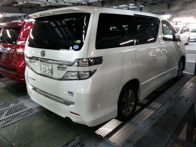 2014-toyota-vellfire-hybrid-zr-g-edition-2-4l-4wd-3