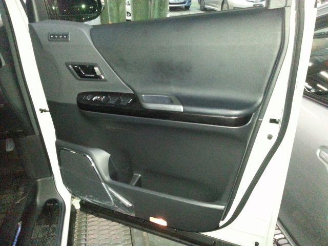 2014-toyota-vellfire-hybrid-zr-g-edition-2-4l-4wd-56