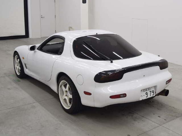 1992-mazda-rx-7-type-r-rear