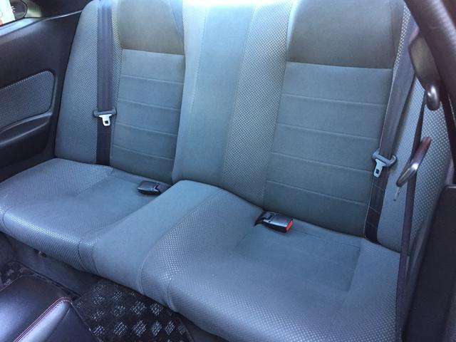 2000-r34-gtr-midnight-purple-3-rear-seat