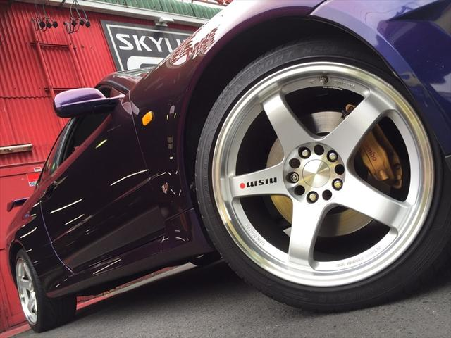 2000-r34-gtr-midnight-purple-3-wheel