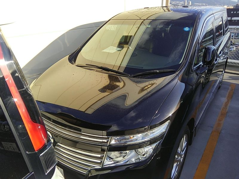 2011-nissan-elgrand-highway-star-350-4wd-22