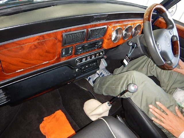 1997-rover-mini-cooper-auction-interior