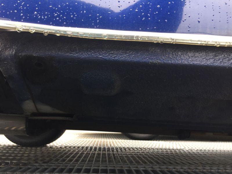 1997-rover-mini-cooper-door-rust
