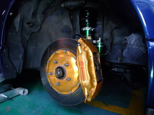 garage-defend-r33-gtr-demo-car-8