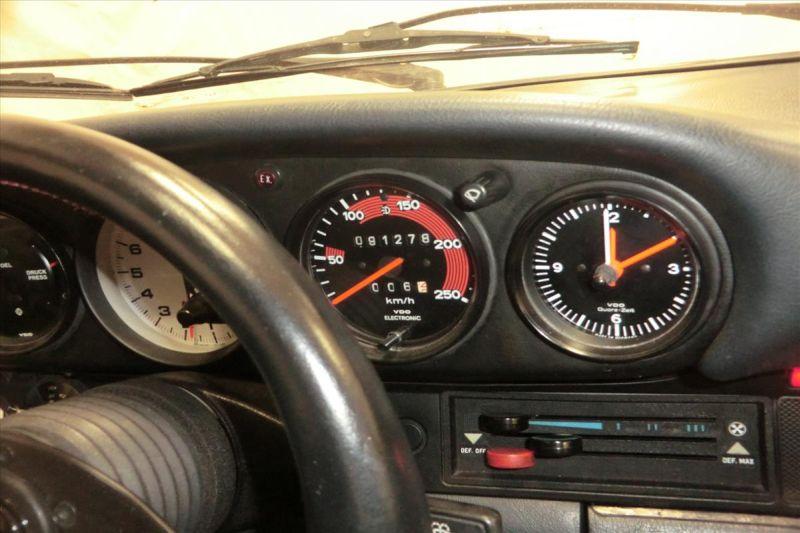 1981 Porsche 911 coupe 8
