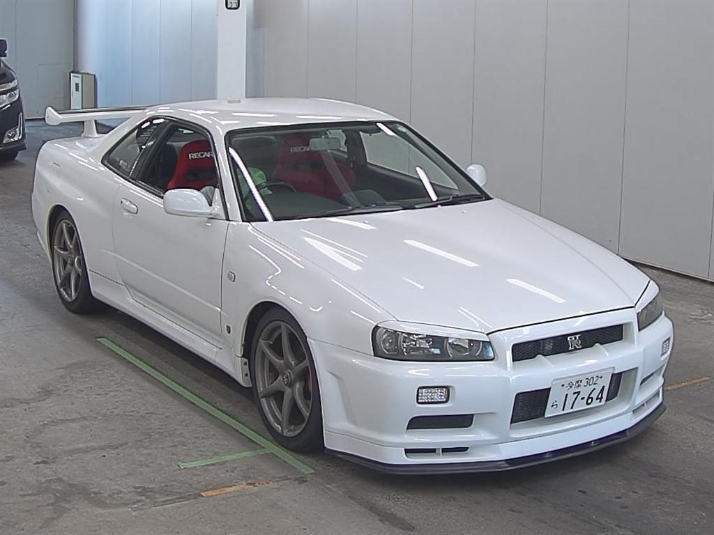 1999 NISSAN SKYLINE R34 GTR front