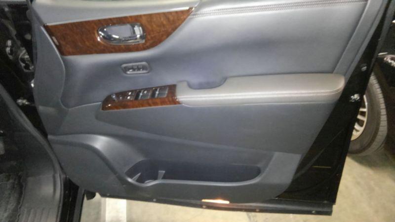 2011 Nissan Elgrand 350 E52 Highway Star Premium 2WD 3.5L driver door