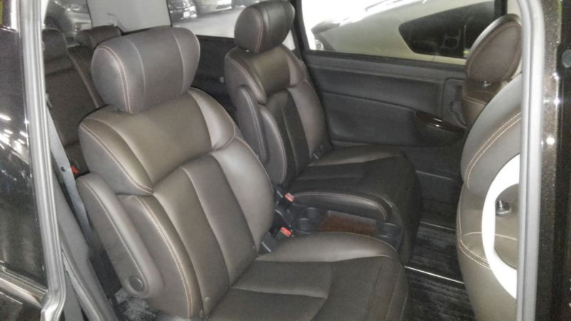 2011 Nissan Elgrand 350 E52 Highway Star Premium 2WD 3.5L seating