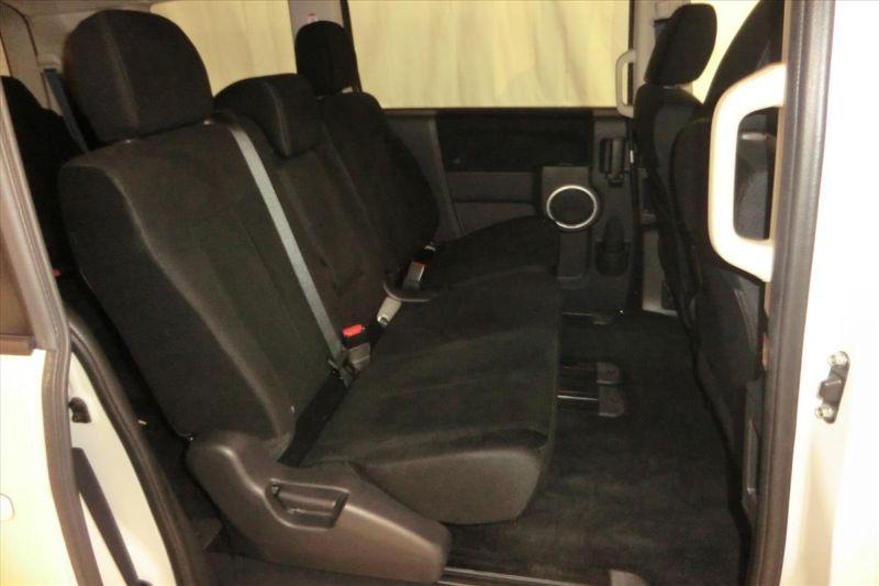 2016 Mitsubishi Delica D5 diesel CV1W 4WD seats