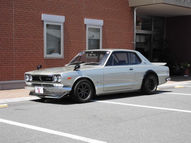 1972 Nissan Skyline GT-R Classic Car Inspection at Japan Vintage