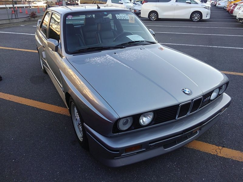 1987 BMW M3 E30 coupe front right