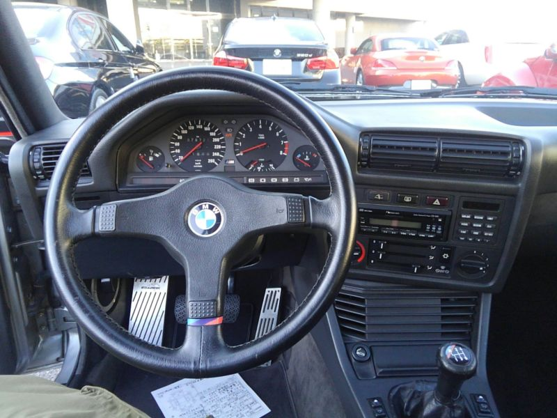 1987 BMW M3 E30 coupe interior 8