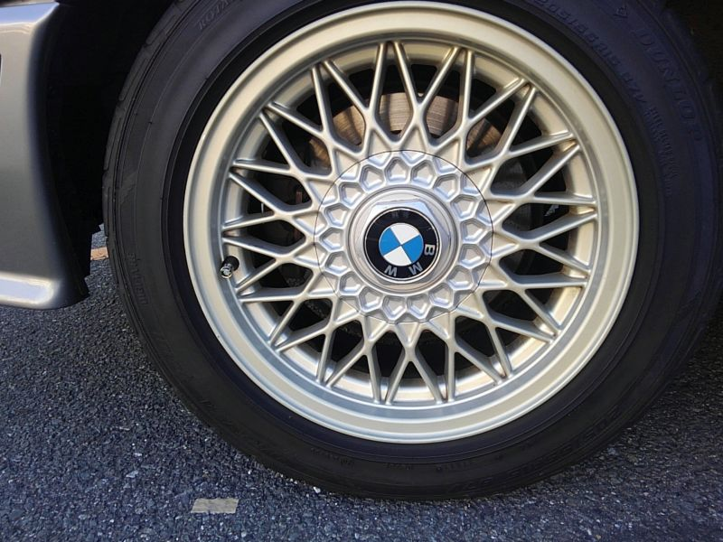 1987 BMW M3 E30 coupe wheel 1