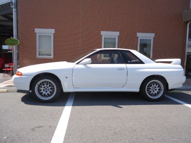 1994 R32 GTR VSpec2, 30,300 km Classic Car Inspection at Japan Vintage