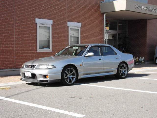 1998 R33 GTR 4-door 40th Anniversary Classic Car Inspection at Japan Vintage