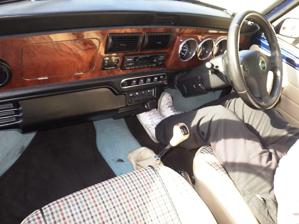 1999 Rover Mini Cooper auction interior