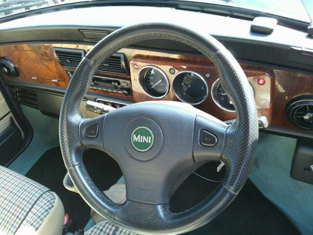 1999 Rover Mini Cooper steering wheel