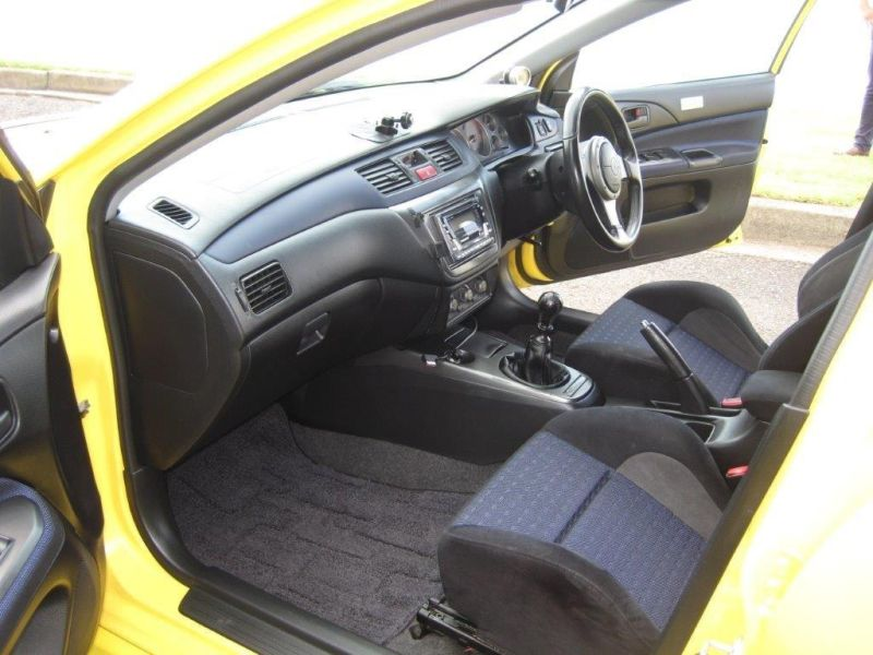 2003 Mitsubishi Lancer EVO 8 GSR yellow interior