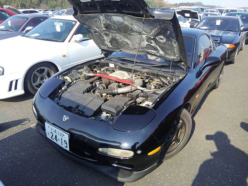 1992 Mazda RX-7 Type RZ lightweight sports model engine
